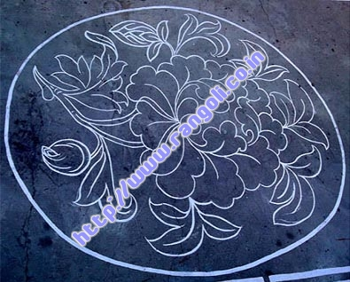 on road flower kolam